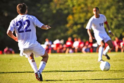 gambar 3 - cara passing bola